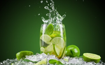mojito_splash_cocktail-wide